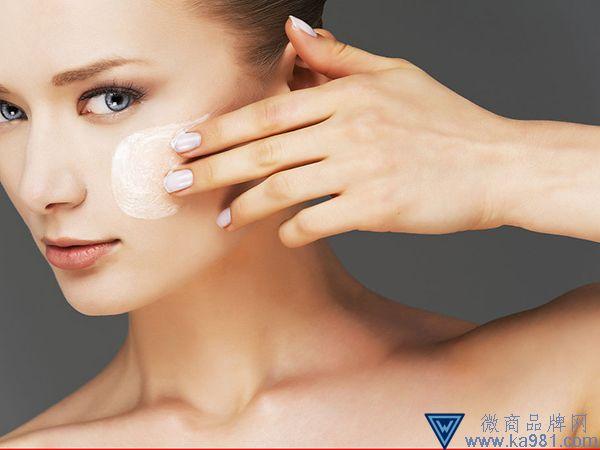 面膜霜的正确使用方法