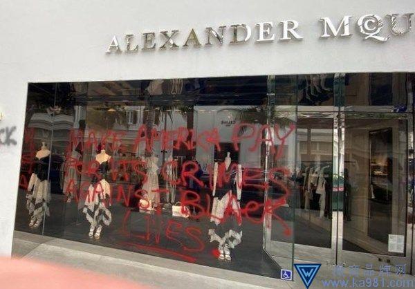 美国示威游行升级 LV、Gucci等多店被洗劫