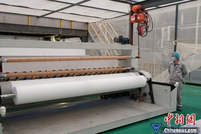 上海石化首批专用料交付熔喷布生产