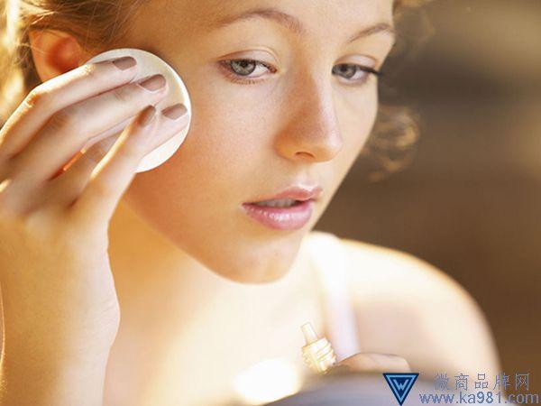 油性肌肤能用天气丹吗