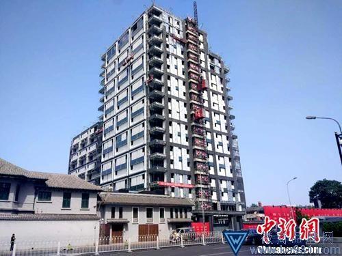 在建楼盘。中新网记者 李金磊 摄