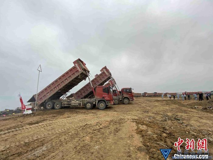 海南炼化百万吨乙烯项目配套码头工程开工