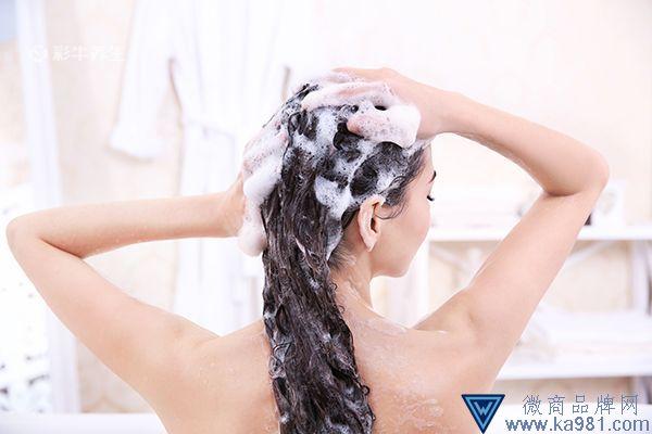 晚上洗头发的危害