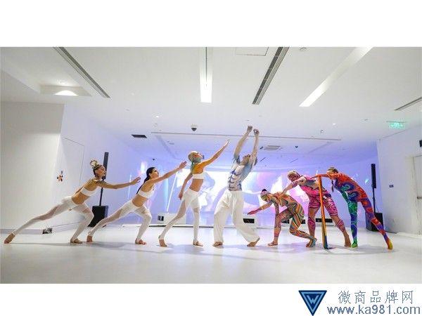 "奇幻色彩,诠释""艺•境"" ——MAKE UP FOR EVER彩妆学院2018毕业作品展"