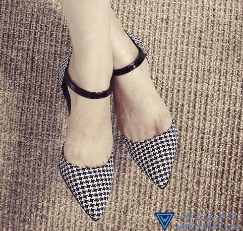 清凉夏季气质凉鞋 更具时尚感